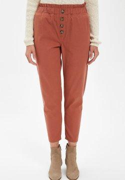 DeFacto - Spodnie materiałowe - bordeaux
