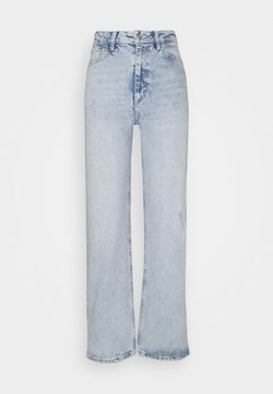 Pieces Petite - PCSUI MINI WIDE ANK JEANS  - Jeans baggy - light blue denim