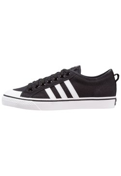 adidas Originals - NIZZA - Sneaker low - cblack/ftwwht/ftwwht