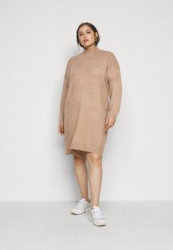 ONLY Carmakoma - CARPRIMEUS TUNNEL NECK TUNIC DRESS - Strickkleid - brownie