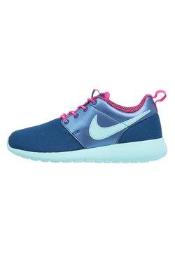 Nike Sportswear - ROSHE ONE - Sneaker low - insignia blue/copa/vivid pink