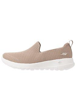 Skechers Performance - GO WALK JOY - Zapatillas para caminar - taupe/gold
