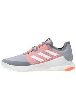 adidas Performance - CRAZY FLIGHT BOOST INDOOR SPORTS SHOES - Obuwie do siatkówki - grey three/footwear white/signal coral