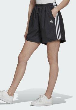 adidas Originals - LONG SHORTS - Träningsbyxor - black