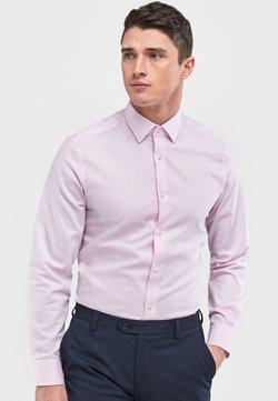 Next - SIGNATURE TEXTURED SHIRT-REGULAR FIT SINGLE CUFF - Businesshemd - pink
