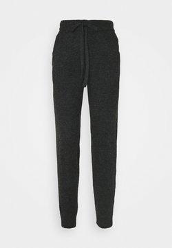Vero Moda - VMVELAN PANT - Jogginghose - dark grey melange