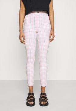 Hollister Co. - SUPERSKINNY PANT - Stoffhose - pink