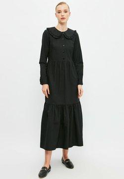 Trendyol - Długa sukienka - black