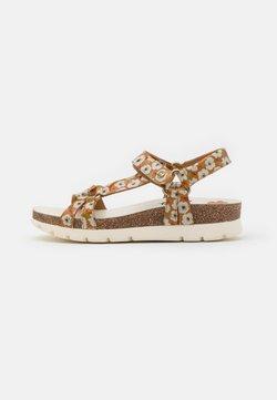 Panama Jack - SALLY GARDEN CHAROL - Korkeakorkoiset sandaalit - light brown