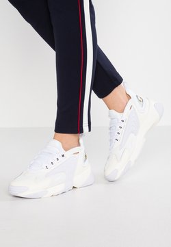 Nike Sportswear - ZOOM 2K - Sneakers - sail/white/black