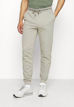 Calvin Klein Jeans - LOGO PANT - Jogginghose - elephant skin