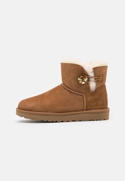 UGG - MINI BAILEY BUTTON BLING - Stiefelette - chestnut/gold