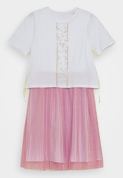 Guess - JUNIOR DRESS - Cocktailjurk - true white