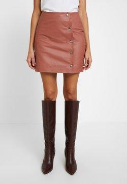 Custommade - AMANDA - Leather skirt - brick dust