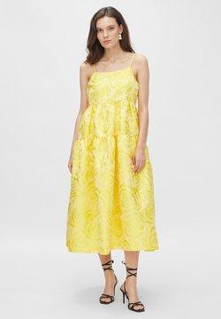 YAS - Cocktailkleid/festliches Kleid - vibrant yellow