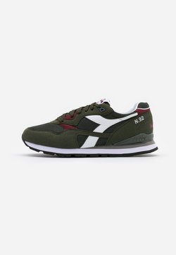 Diadora - N.92 - Sneaker low - green oil
