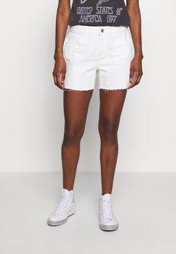 Dorothy Perkins Tall - RAW SHORT - Jeansshort - white