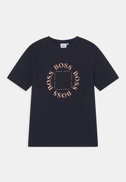BOSS Kidswear - SHORT SLEEVES  - T-shirt med print - navy