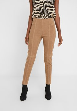 Steffen Schraut - LUXURY SUMMER PANTS - Leather trousers - desert
