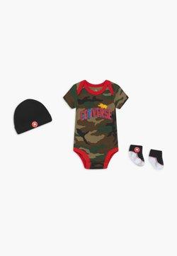 Converse - DINOS INFANT SET - Geschenk zur Geburt - khaki