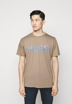HUGO - DOLIVE - Camiseta estampada - light pastel brown