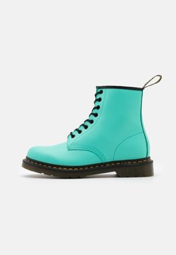Dr. Martens - 1460 8 EYE BOOT UNISEX - Schnürstiefelette - peppermint green smooth