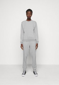 Vero Moda Tall - VMNATALIA SET  - Sweatshirt - light grey melange
