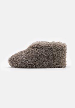 Shepherd - ULLA  - Chaussons - stone