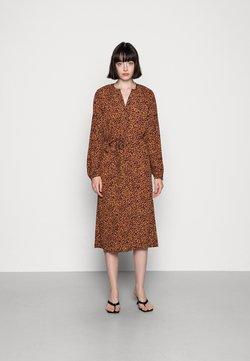 Vero Moda - VMTANIA CALF DRESS  - Sukienka koszulowa - tobacco brown/tania