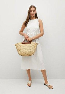 Mango - Sukienka z dżerseju - złamana biel