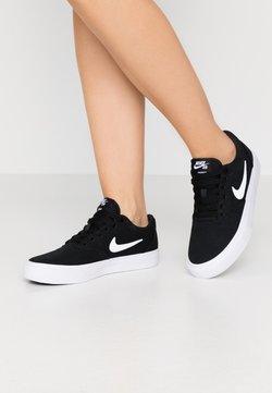 Nike SB - CHARGE - Sneaker low - black/white