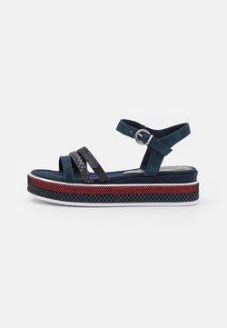 Marco Tozzi - Korkeakorkoiset sandaalit - navy