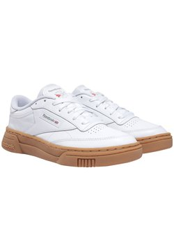 Reebok Classic - CLUB C STACKED SHOES - Sneakers laag - white