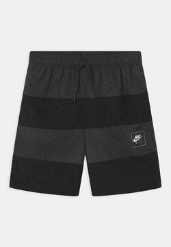 Nike Sportswear - AIR - Shortsit - black/dark smoke grey