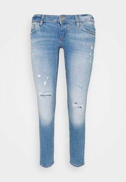 ONLY Petite - ONLCORAL SKINNY DEST - Jeans Skinny Fit - medium blue denim