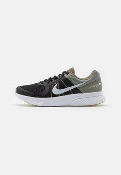 Nike Performance - RUN SWIFT 2 - Zapatillas de running neutras - light army/pure platinum/black