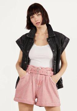 Bershka - MIT GÜRTEL  - Jeansshorts - pink