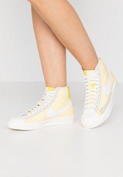 Nike Sportswear - BLAZER 77 - Sneakersy wysokie - bicycle yellow/white/opti yellow/sail
