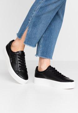 Calvin Klein - JAMELLA - Sneakers laag - black