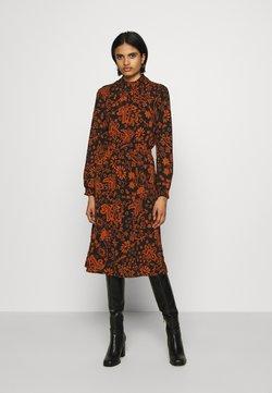 ONLY - ONLNOVA LUX SMOCK BELOW KNEE DRESS - Vapaa-ajan mekko - black