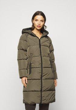 ONLY Petite - ONLMONICA PLAIN LONG PUFFER COAT - Abrigo de invierno - beech