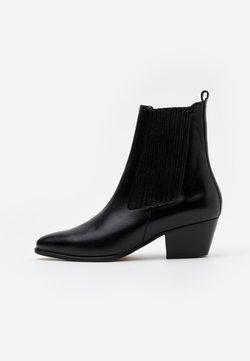 sandro - Stiefelette - noir