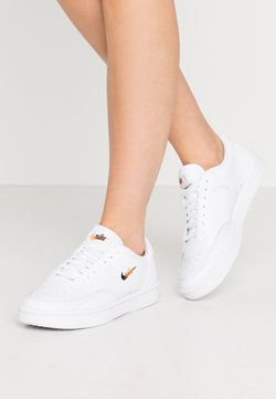 Nike Sportswear - COURT VINTAGE PRM - Baskets basses - white/black/total orange