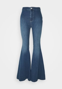 Free People - JUST FLOAT ON FLARE - Flared Jeans - jericho blue