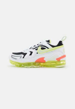 Nike Sportswear - AIR MAX VAPORMAX EVO - Sneakers laag - white/light lemon twist/black/lime ice/pistachio frost/magic ember