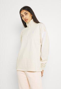 adidas Originals - ADICOLOR RELAXED - Sweatshirt - white