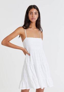 PULL&BEAR - Sukienka letnia - white