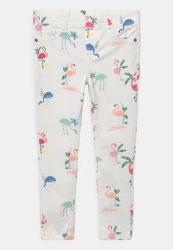 Marks & Spencer London - FLAMINGO - Pantaloni - white