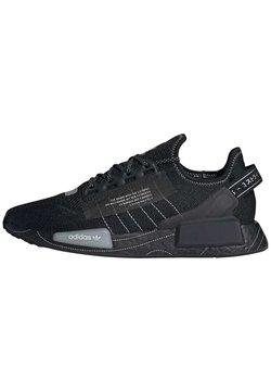 adidas Originals - NMD_R1.V2 ORIGINALS BOOST SNEAKERS  - Matalavartiset tennarit - black