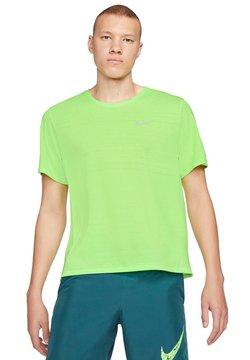 Nike Performance - MILER - T-Shirt print - blustery/reflective silv